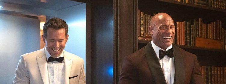 Дуэйн Джонсон такой огромный, что не влез в автомобиль на съёмках «Красного уведомления»